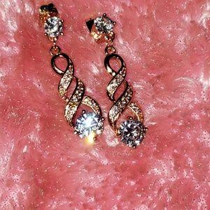 Jewelry - Sweet Rose Gold Earrings